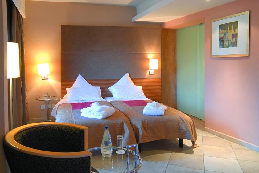 Maritim Malta Comfort Room - low res.jpg